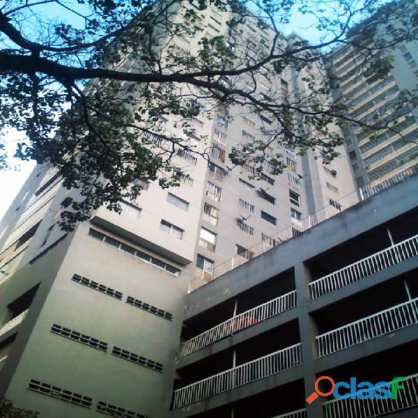 Apartamento en el paraiso 3 habitaciones 2 baños+serv en venta
