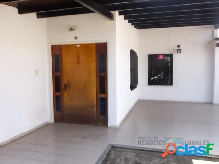 Casa semi amoblada en residencias villa victoria, av. atlántico