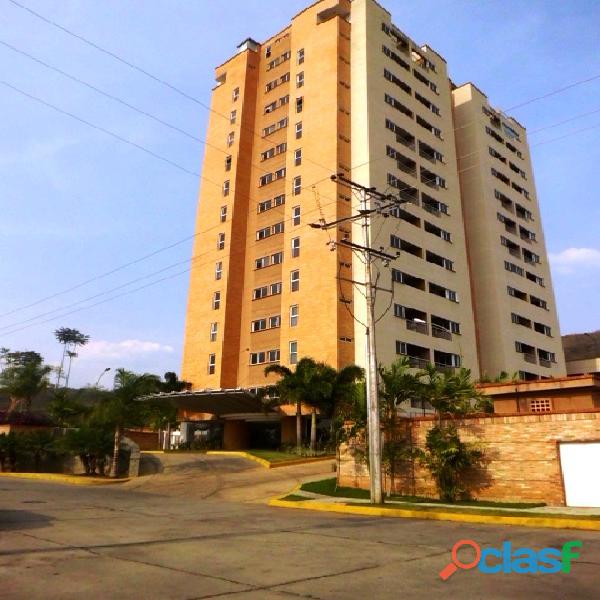 SKY GROUP Vende Apartamento en Sector El Rincón