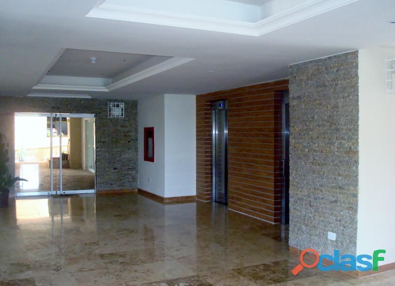 SKY GROUP Vende Apartamento en Sector El Rincón 5