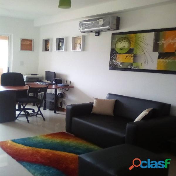 SKY GROUP Vende Apartamento en Sector El Rincón 8