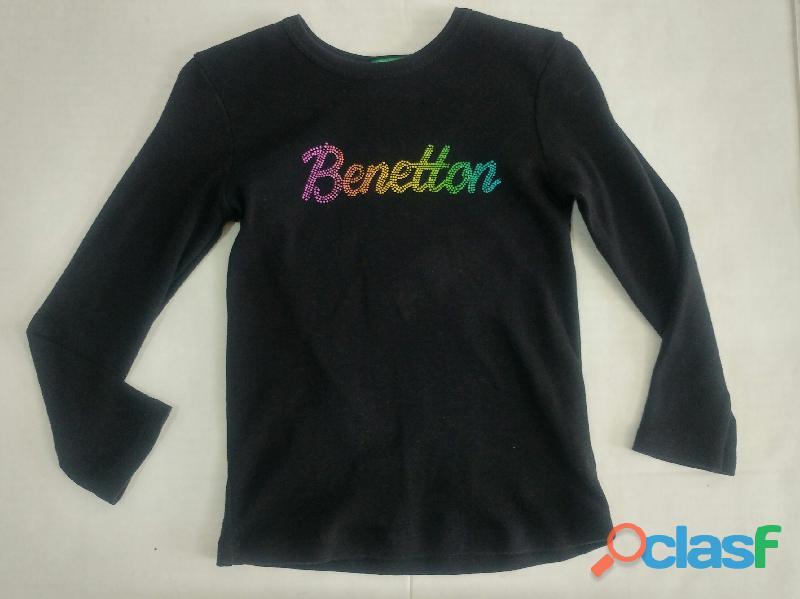 Sueter Benetton niña