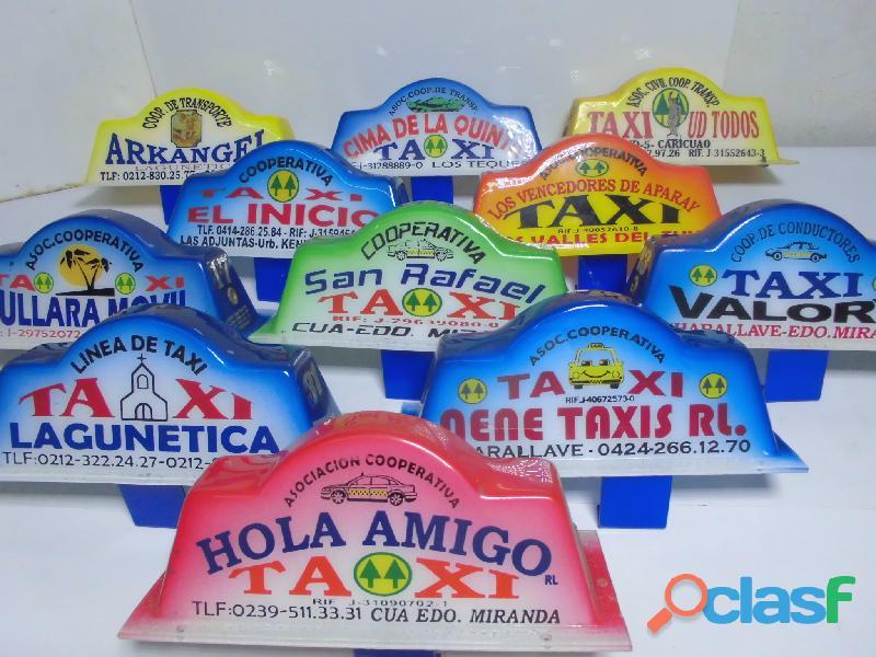 Cascos para taxis pintados