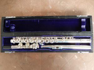 Vendo excelente flauta sankyo