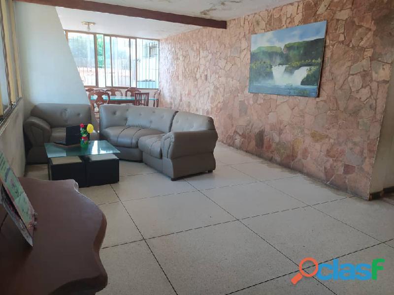 Casa en venta en LOMAS DEL ESTE, Valencia, Carabobo, focus inmuebles, LG21 53 11