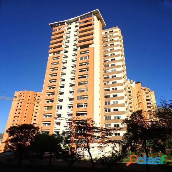Apartamento en la Urb. Las Chimeneas, Residencias Vista al Parque.