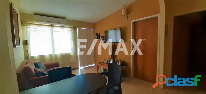 RE/MAX Partners Vende, Casa de en el Conjunto Residencial Cunaviche Los Jarales, San Diego. 2