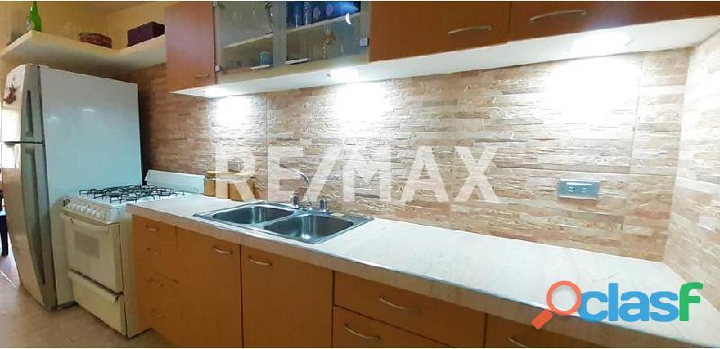 RE/MAX Partners Vende, Casa de en el Conjunto Residencial Cunaviche Los Jarales, San Diego. 4