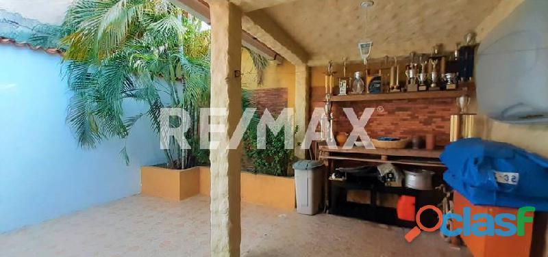 RE/MAX Partners Vende, Casa de en el Conjunto Residencial Cunaviche Los Jarales, San Diego. 5