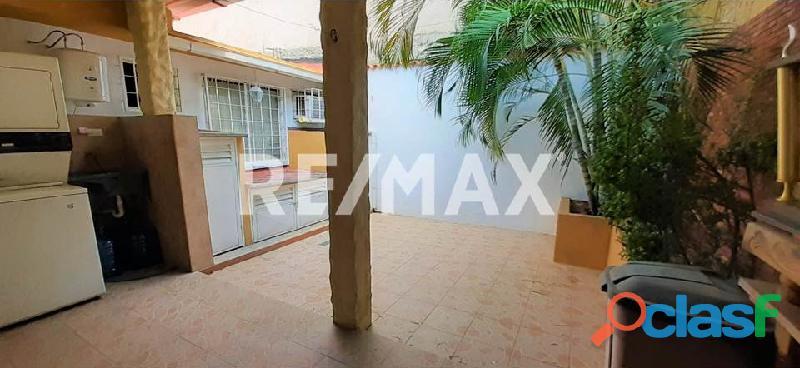 RE/MAX Partners Vende, Casa de en el Conjunto Residencial Cunaviche Los Jarales, San Diego. 6