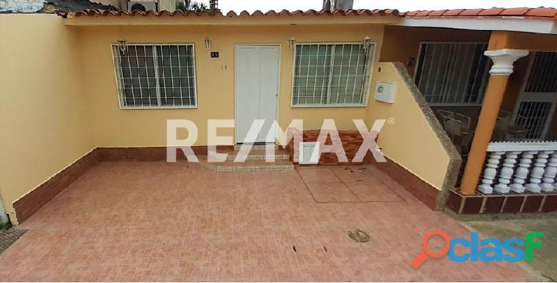 RE/MAX Partners Vende, Casa de en el Conjunto Residencial Cunaviche Los Jarales, San Diego. 11