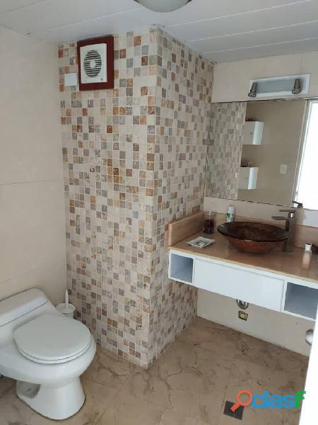 Pent House Suplex en Venta en Res. Oasis El Morro en Lechería con vistas panoramicas de ensueño 16