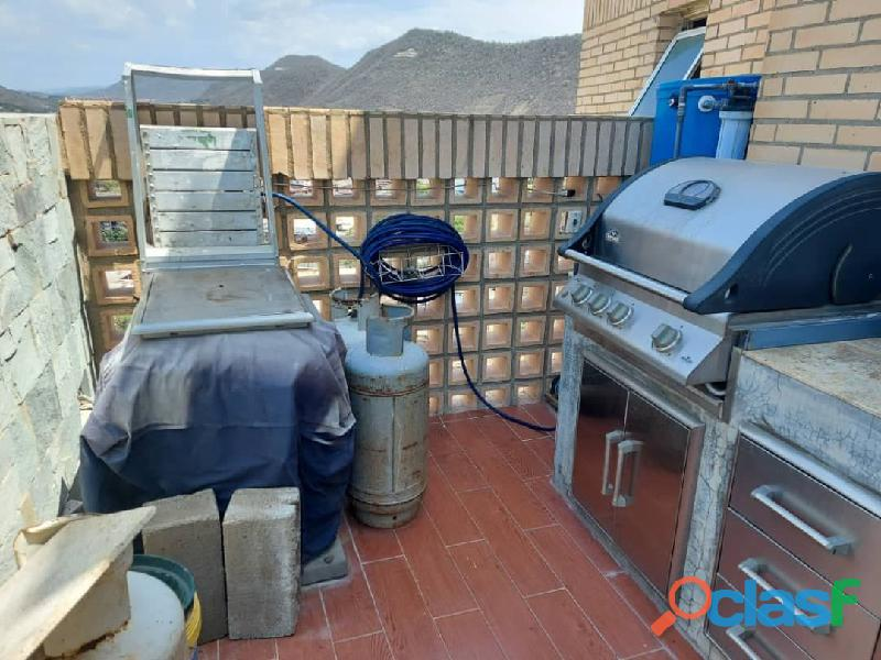 Pent House Suplex en Venta en Res. Oasis El Morro en Lechería con vistas panoramicas de ensueño 10