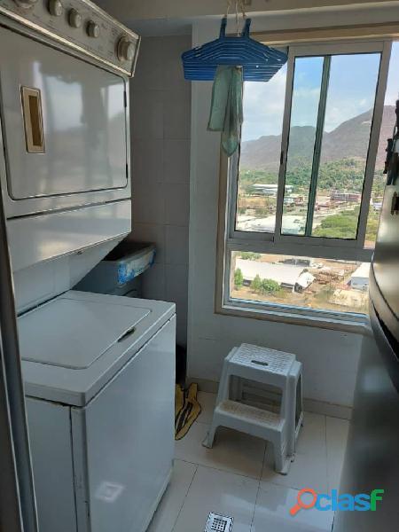 Pent House Suplex en Venta en Res. Oasis El Morro en Lechería con vistas panoramicas de ensueño 9