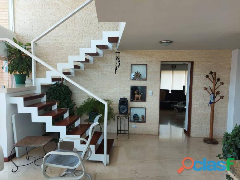 Pent House Suplex en Venta en Res. Oasis El Morro en Lechería con vistas panoramicas de ensueño 4
