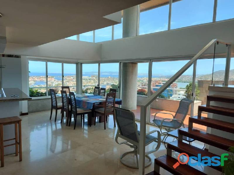 Pent House Suplex en Venta en Res. Oasis El Morro en Lechería con vistas panoramicas de ensueño 2