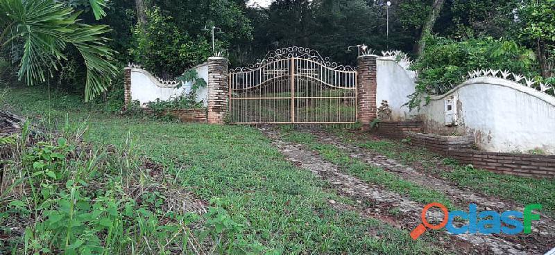 Casa estilo colonial en safari country club valencia campo carabobo