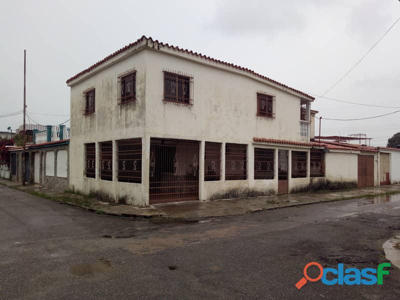 Casa en venta en La Urb. Ritec, Valencia, Carabobo, focus inmuebles, AC121 16