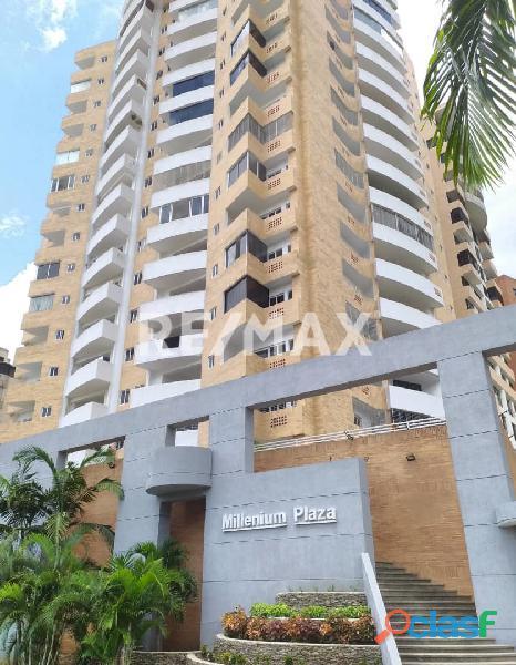 Se vende apartamento conj resd millenium plaza, parral