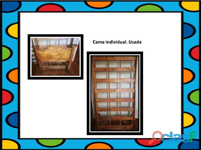 Cama individual de madera usada