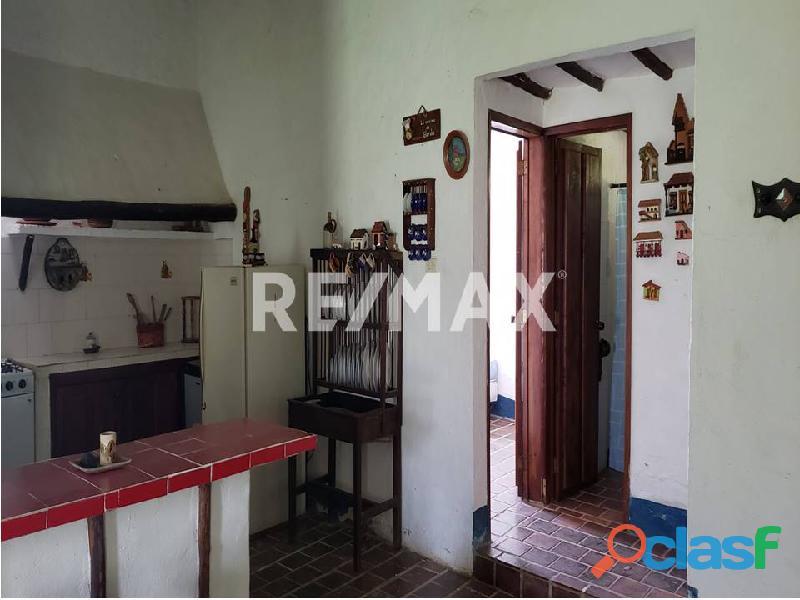 REMAX/PARTNERS Vende Casa con Terreno en Sabana del Medio, Tocuyito 1