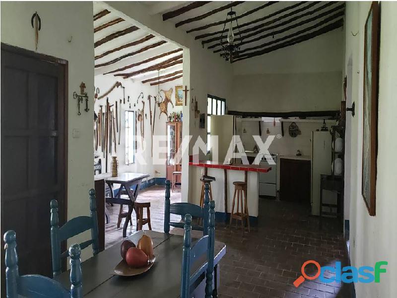 REMAX/PARTNERS Vende Casa con Terreno en Sabana del Medio, Tocuyito 3