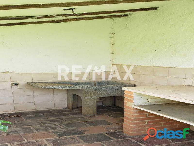 REMAX/PARTNERS Vende Casa con Terreno en Sabana del Medio, Tocuyito 6