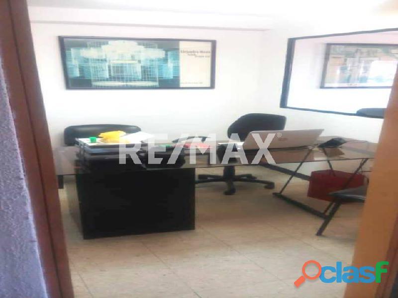 REMAX/PARTNERS Vende Oficina Torre Res. Suite 123; Av. Bolívar Norte 4