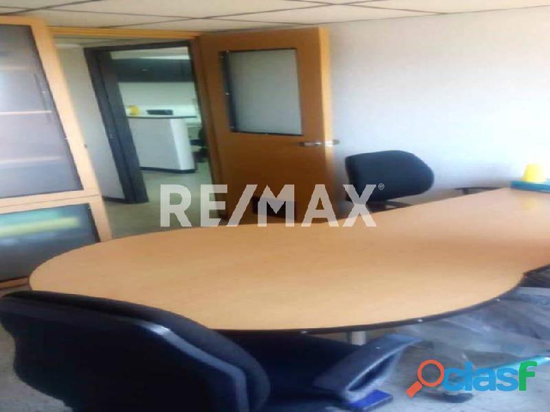 REMAX/PARTNERS Vende Oficina Torre Res. Suite 123; Av. Bolívar Norte 2