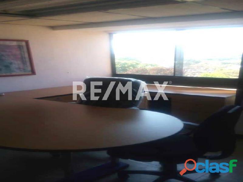 REMAX/PARTNERS Vende Oficina Torre Res. Suite 123; Av. Bolívar Norte 1