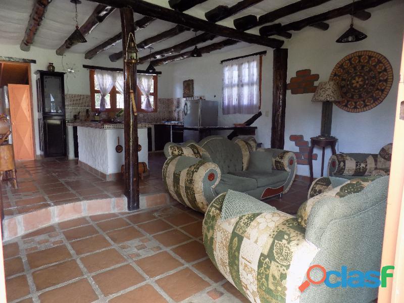 Casa en venta estilo cabaña, Loma de La Virgen 5