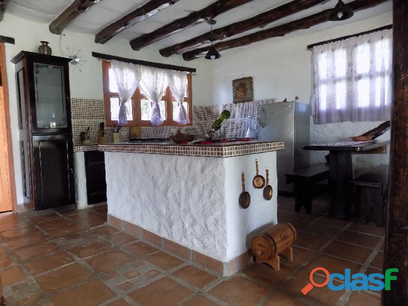 Casa en venta estilo cabaña, Loma de La Virgen 7