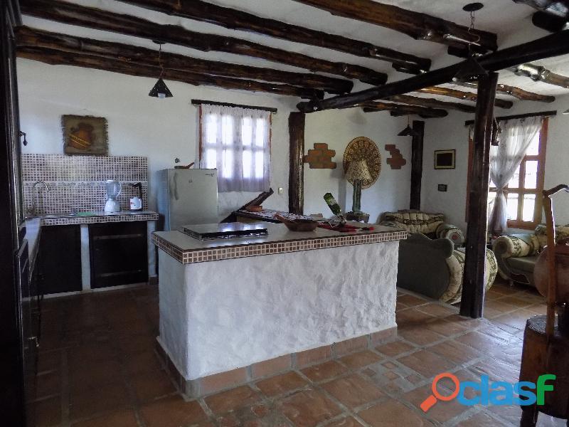 Casa en venta estilo cabaña, Loma de La Virgen 8