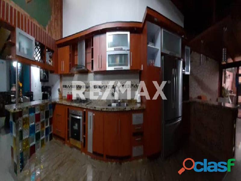 REMAX/PARTNERS Vende Casa en el Conj. Res. Los Budares   Valle de Oro, San Diego 4