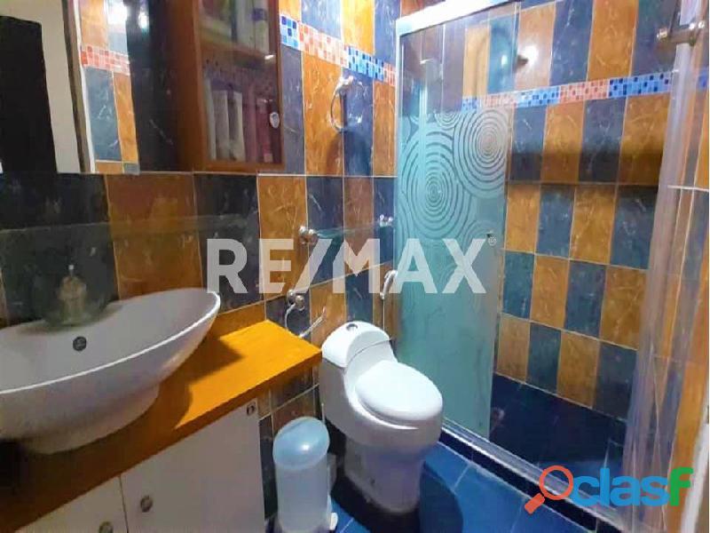 REMAX/PARTNERS Vende Casa en el Conj. Res. Los Budares   Valle de Oro, San Diego 1