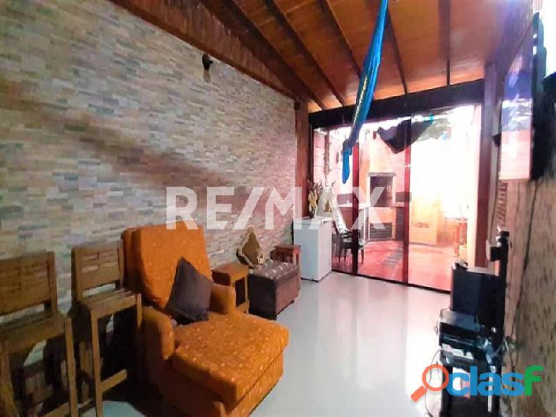 REMAX/PARTNERS Vende Casa en el Conj. Res. Los Budares   Valle de Oro, San Diego 9