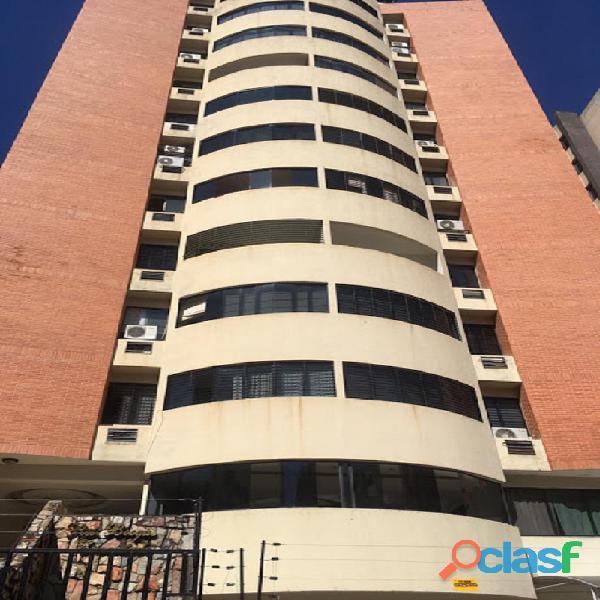 Apartamento en Venta en El Bosque, Valencia, Carabobo, FOCUS INMUEBLES, LG21 66