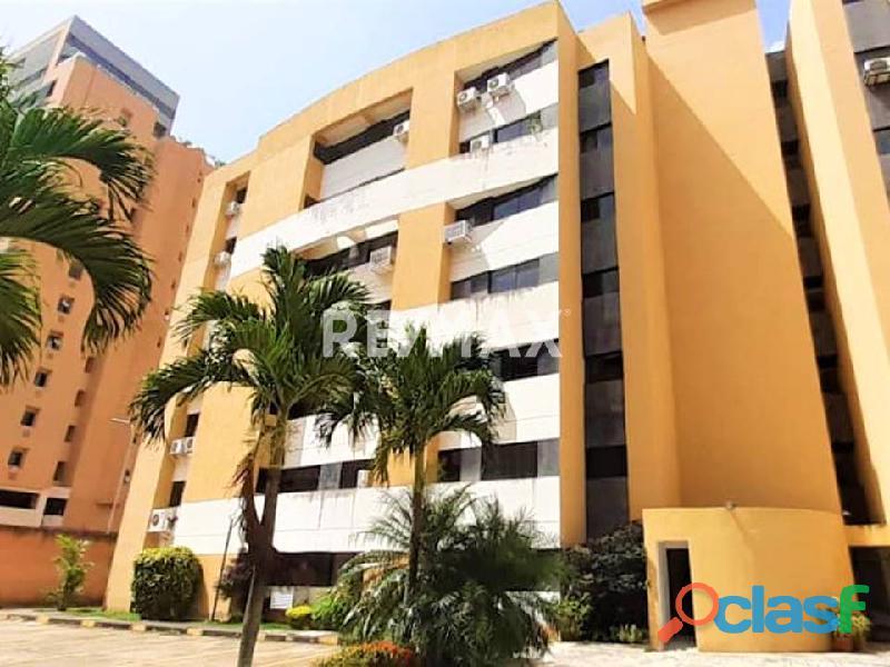 RE/MAX PARTNERS Vende Apartamento en Obra Gris, Residencias Bromelia, Sector Tazajal, Naguanagua