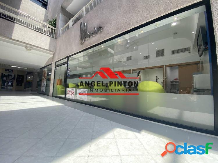 Local comercial en alquiler cc lago mall maracaibo zulia api 1477