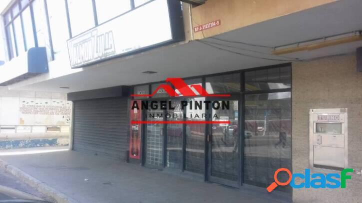 LOCAL COMERCIAL EN AV BELLA VISTA EN MARACAIBO API 1357