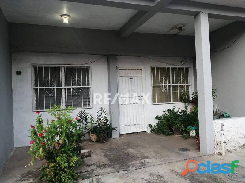 RE/MAX PARTNERS Vende Casa en el Conjunto Residencial Los Jarales, San Diego