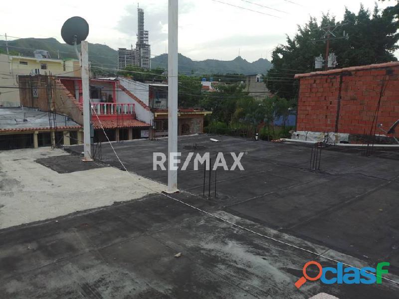 RE/MAX PARTNERS Vende Casa en el Conjunto Residencial Los Jarales, San Diego 2