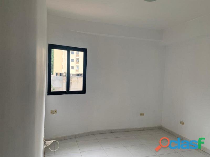 Apartamento en venta en El Parral, Valencia, Carabobo, RR21 04 7