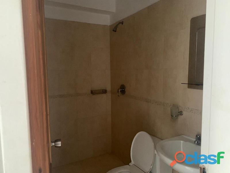 Apartamento en venta en El Parral, Valencia, Carabobo, RR21 04 8