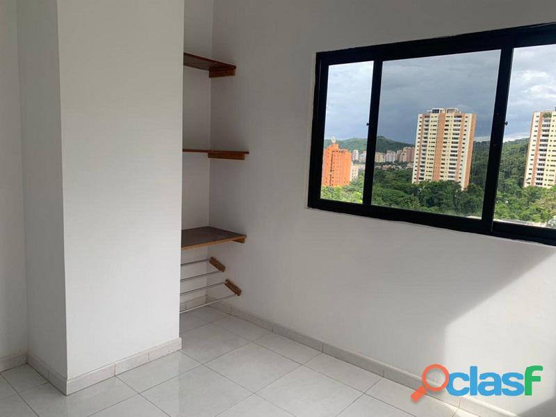 Apartamento en venta en El Parral, Valencia, Carabobo, RR21 04 10