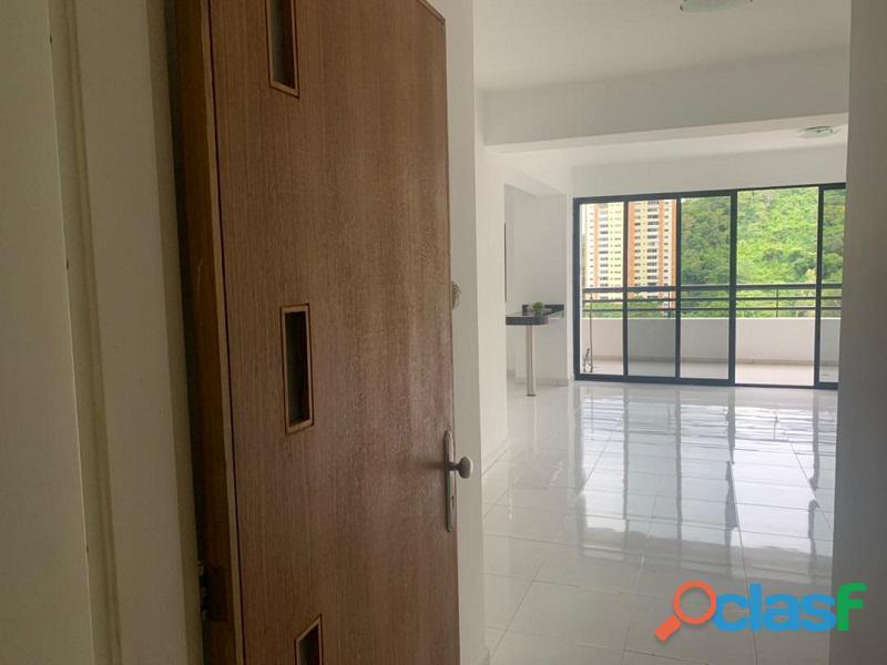 Apartamento en venta en El Parral, Valencia, Carabobo, RR21 04 12