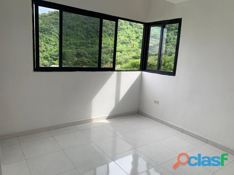 Apartamento en venta en El Parral, Valencia, Carabobo, RR21 04 13