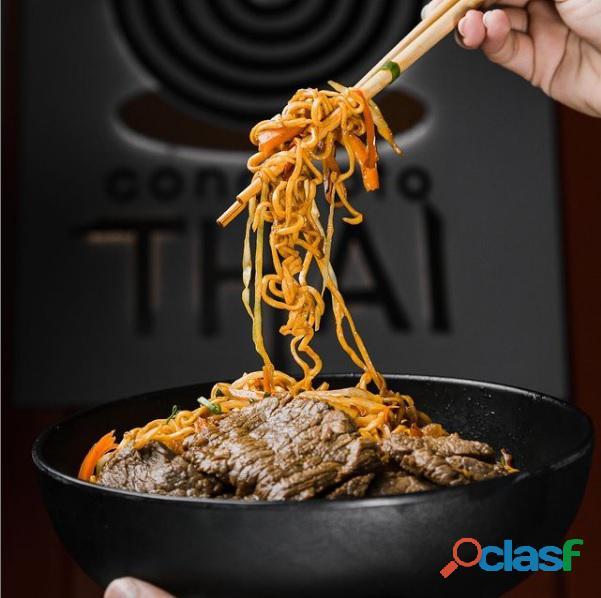 Restaurante de comida tailandesa Concepto Thai 1