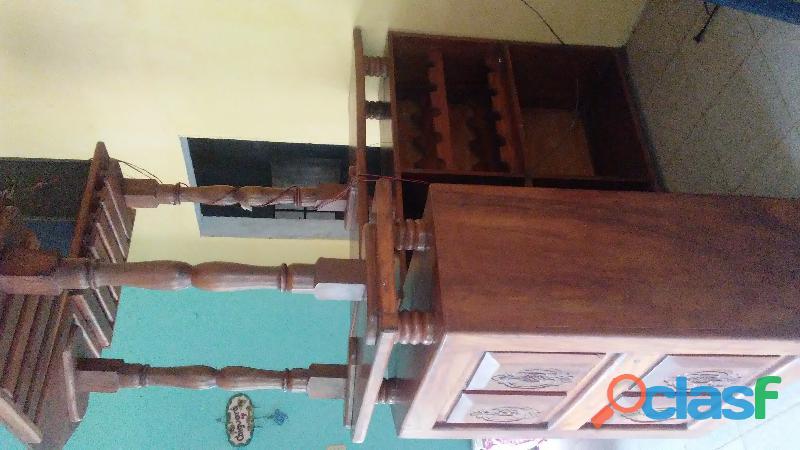 Bar grande de madera Caoba. 1