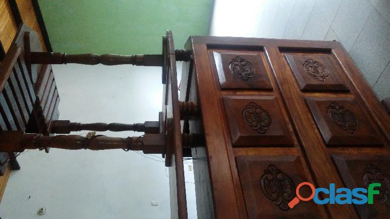 Bar grande de madera Caoba. 3